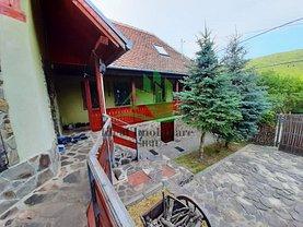 Casa de vânzare 8 camere, în Fântânele