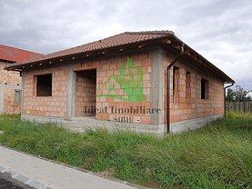 Casa de vânzare 3 camere, în Cristian