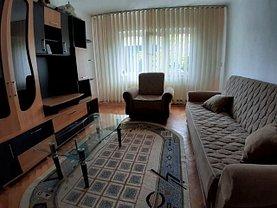 Apartament de vânzare 33 camere, în Târgovişte, zona Micro 3