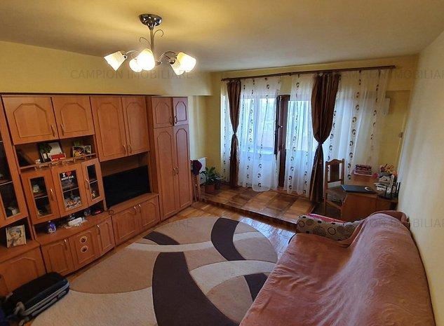 Vanzare apartament 2 camere, decomandat, confort 1, Targoviste - imaginea 1