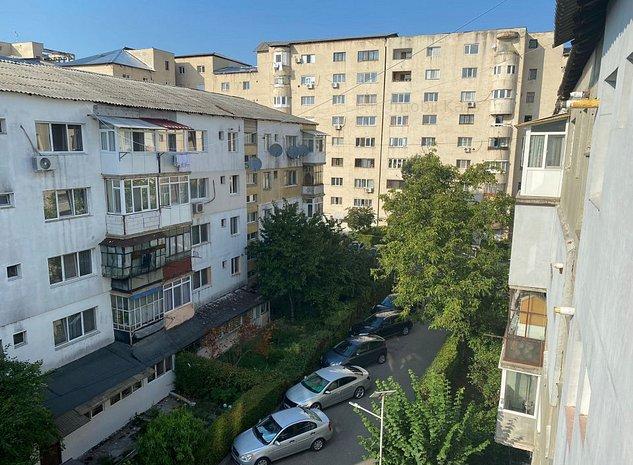 Vanzare apartament 2 camere, complet renovat, Targoviste, micro 11 - imaginea 1