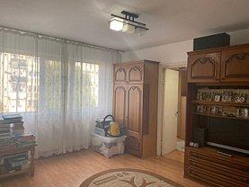 Apartament de vânzare 2 camere, în Târgovişte, zona Micro 11