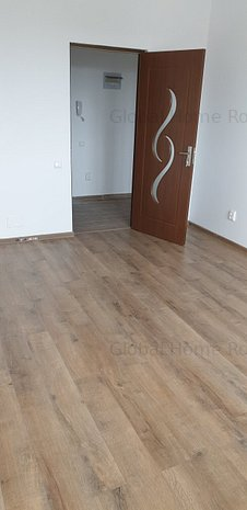 Vanzare apartament 2 camere decomandat, bloc nou  metrou Eroii Revolutiei - imaginea 1
