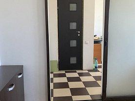 Apartament de vânzare 3 camere, în Bucureşti, zona Olteniţei