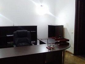 Apartament de închiriat 5 camere, în Bucureşti, zona Central
