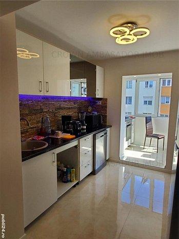 Apartament 3 canere decomandate spatios si luxos - imaginea 1