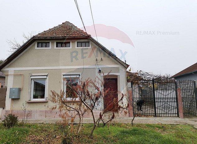 Casa individuala cu 3 camere, localitatea Giarmata! Comision 0% - imaginea 1