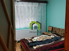 Apartament de vânzare 3 camere, în Buzău, zona Micro 14