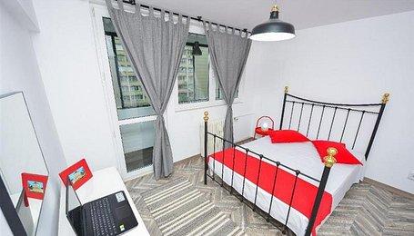 Apartamente Bucureşti, Sala Palatului