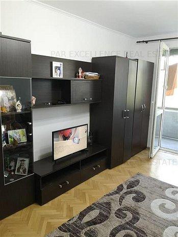 Apartament 2 Camere Titan Potcoava Diham - imaginea 1