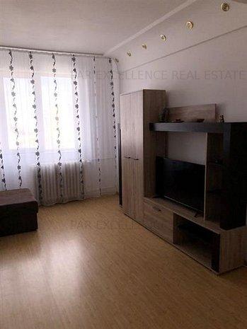 Inchiriere apartament 3 camere modern Titan - imaginea 1