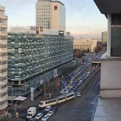 Vanzare apartament 4 camere Piata Victoriei-Titulescu - imaginea 1