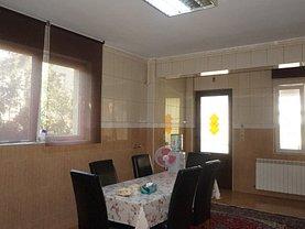 Casa de vânzare 10 camere, în Voluntari, zona Nord-Est