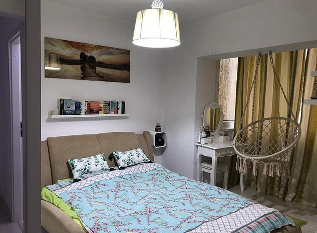 Apartament Racadau - etaj 3/4 - decomandat - Mobilat si Utilat - imaginea 1