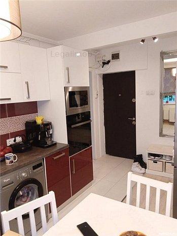 Apartament cu 3 camere - mobilat si utilat - imaginea 1