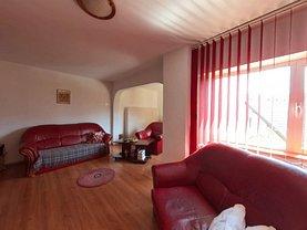 Apartament de vânzare 3 camere, în Braşov, zona Scriitorilor