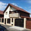 Casa de vânzare 5 camere, în Braşov, zona Est
