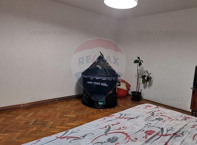 Apartament 3 camere strada Barsei - imaginea 1