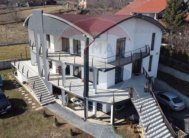 Casa/Vila cu 7 camere de vanzare in zona Iris cu comision 0% - imaginea 1