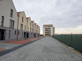 Casa de vanzare 4 camere, în Bucureşti, zona Pipera