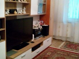 Apartament de vânzare 3 camere, în Ploieşti, zona Nord
