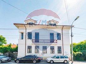 Casa de vânzare 15 camere, în Bucureşti, zona P-ţa Unirii