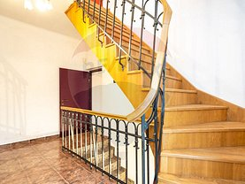Casa de închiriat 7 camere, în Bucureşti, zona Moşilor