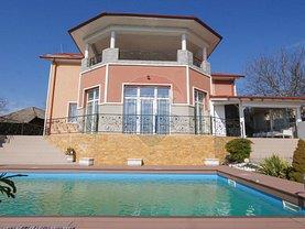 Casa de vânzare 11 camere, în Snagov