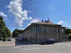 Casa de vânzare 7 camere, în Târgovişte, zona Cetate