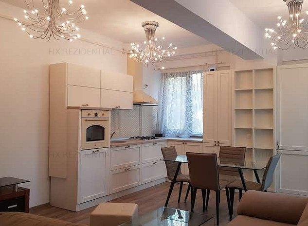 Apartament 3 camere mobilat Lux cu terasa 20mp - imaginea 1