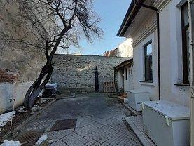 Casa de vânzare 3 camere, în Bucureşti, zona Pache Protopopescu