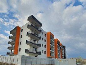 Apartament de vanzare 3 camere, în Bucureşti, zona Pipera