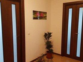 Apartament de vânzare 4 camere, în Bucureşti, zona Vitanul Nou