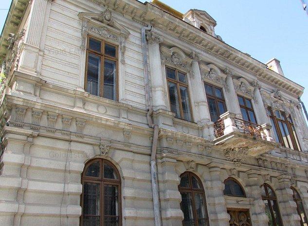 Vanzare vila interbelica 30 camere Cismigiu Conservator - imaginea 1