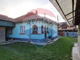 Casa de vânzare 5 camere, în Comăneşti, zona Vest