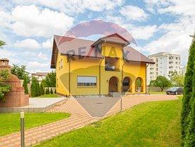 Casa de vânzare 5 camere, în Bacău, zona Central