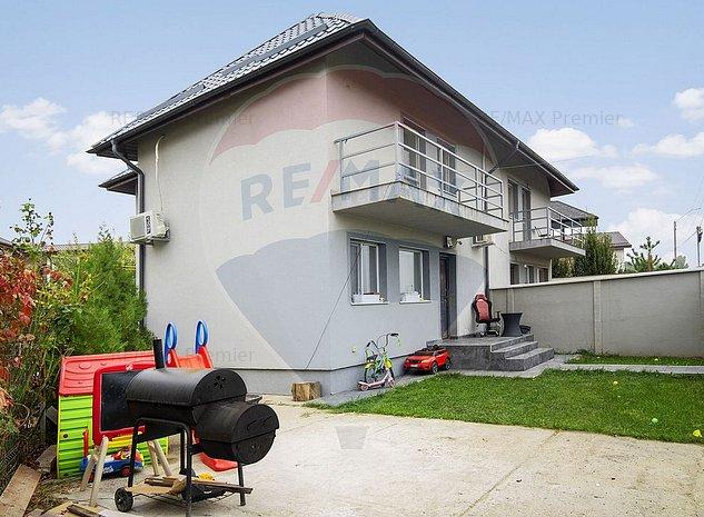 Casa/Vila Tunari | Strada Baltii - imaginea 1