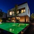 Casa de vânzare 6 camere, în Tunari