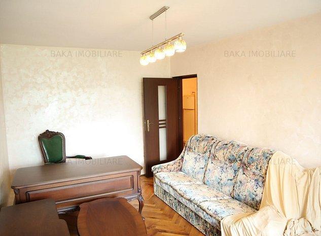 Apartament decomandat 2 camere - imaginea 1