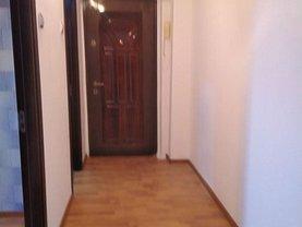Apartament de vânzare 3 camere în Braila, Bariera
