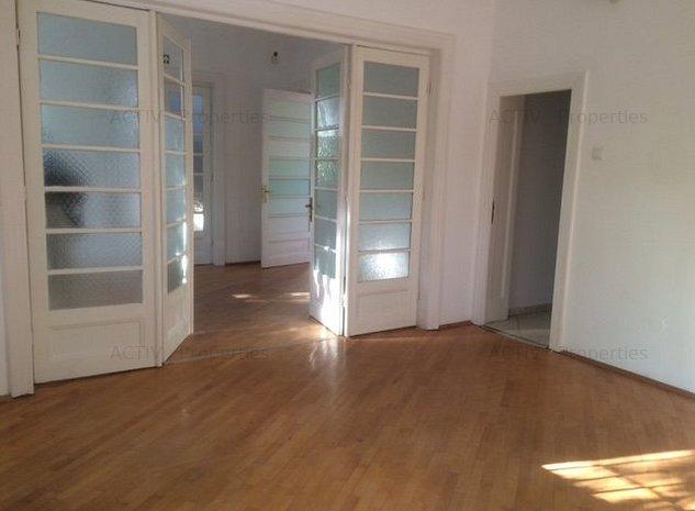 Vila 6 camere, renovata recent, D+P+1 zona Mosilor, Eminescu. - imaginea 1