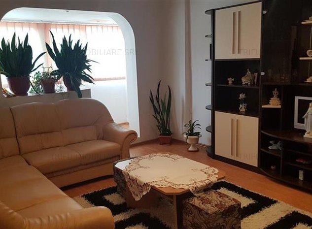 Apartament 3 camere,decomandat,mobilat. - imaginea 1