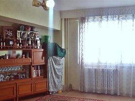 Apartament de vânzare 4 camere, în Alba Iulia, zona Ampoi 1