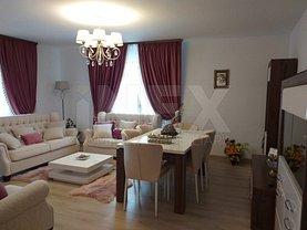 Apartament de vânzare 3 camere, în Ştefăneşti, zona Central