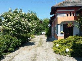 Casa de vânzare 10 camere, în Mioveni