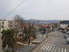 Apartament de vânzare 3 camere, în Tulcea, zona Neptun