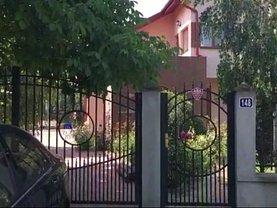 Casa de închiriat 5 camere, în Gostinari