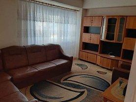 Apartament de închiriat 4 camere, în Târgovişte, zona Micro 9