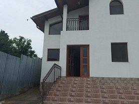 Casa de vânzare 4 camere, în Răzvad