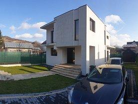 Casa de vânzare 4 camere, în Câmpina, zona Muşcel